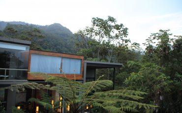 Mashpi esun eco lodge de lujo en el bosque nublado de Ecuador.