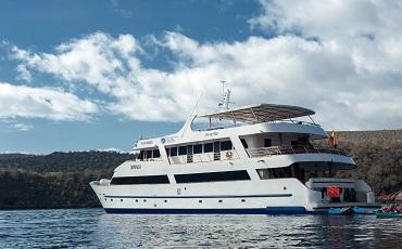 El catamaran Seastar es un barco lujoso para su crucero por Galapagos