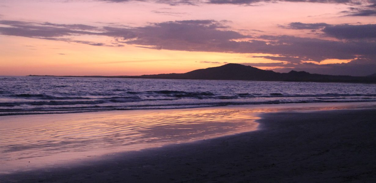 Durante su Island hopping usted puede disfrutar de maravillosas puestas de sol.