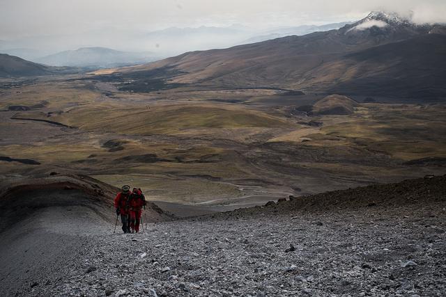 La ruta del condor o condor trek es unade las caminatas mas espectaculares del Ecuador.