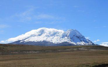 cumbre del volcan Antisana