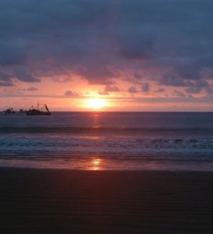 Relax at the beach while watching the sunset. Ruta del Sol Tour