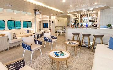 solaris yacht lounge