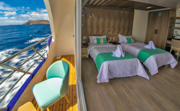 The twin suites of Galapagos Endemic luxurz catamaran are very spacious.