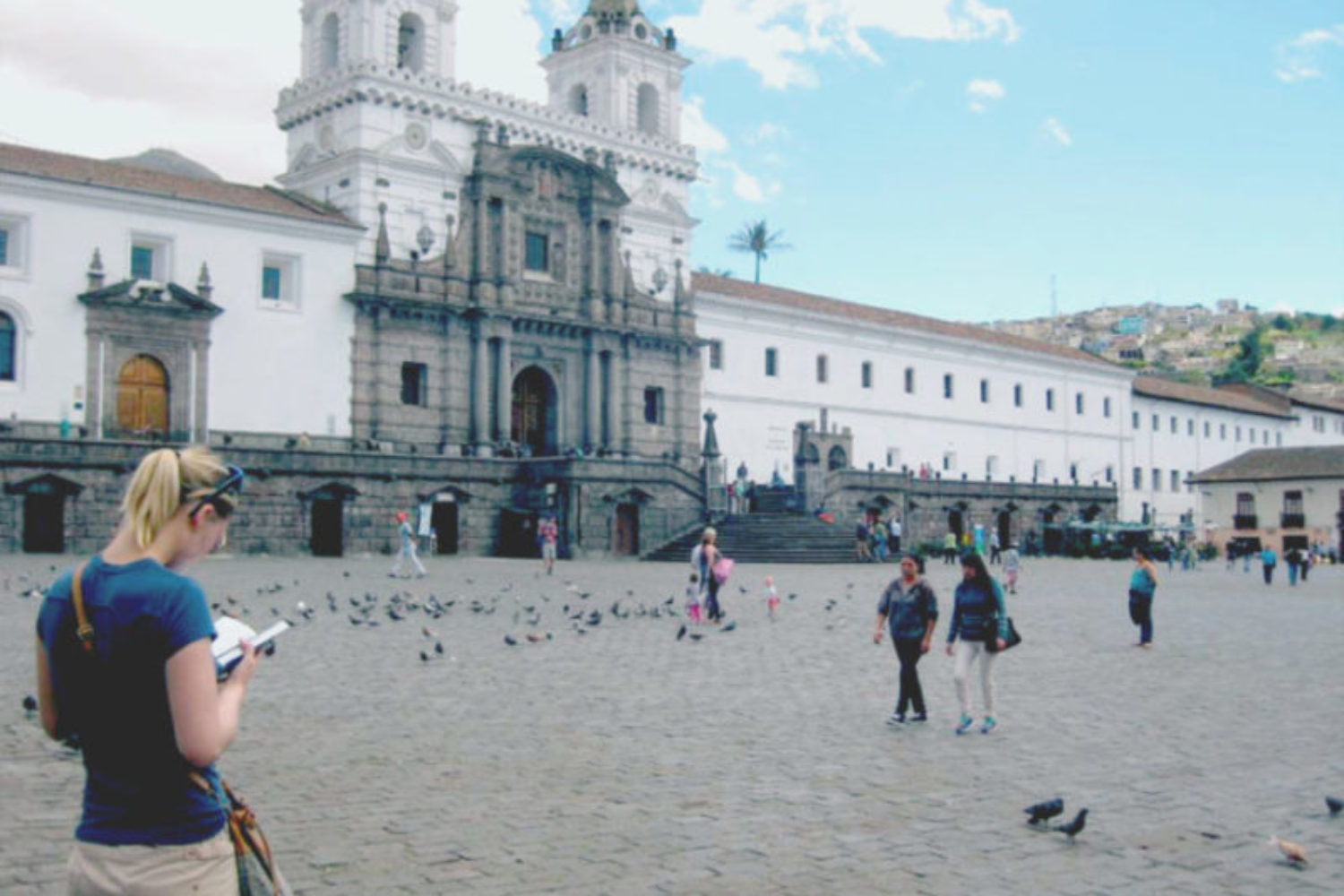 the Santo domingo square in Quito is full of life