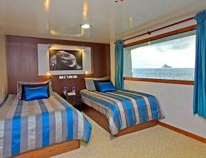 Enjoy comfortable cabins onboard the Yacht Ocean Spray