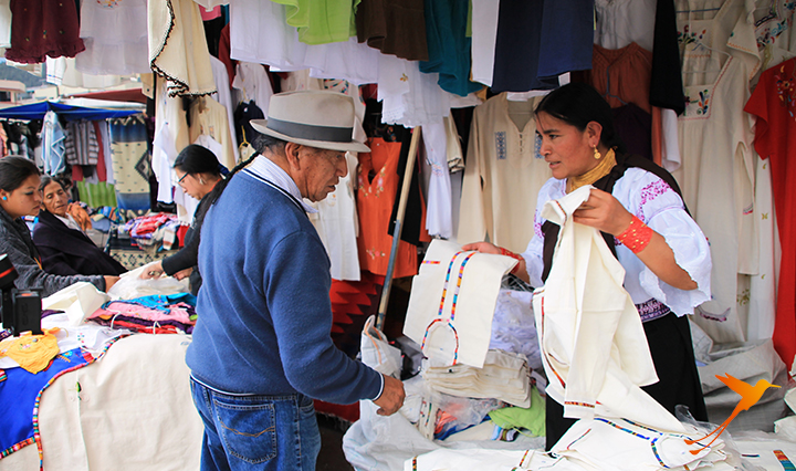 Selling goods. Otavalo what to do